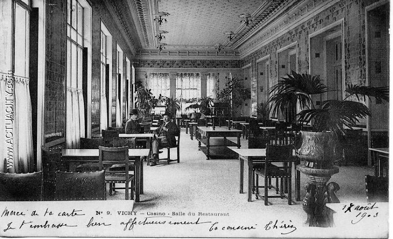 Cartes Postales Anciennes De Vichy  03200