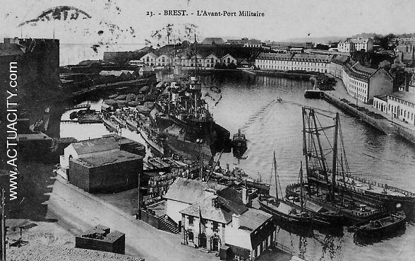 Cartes postales anciennes de brest 29200 actuacity - Surplus militaire brest port de commerce ...
