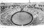 L'amphithéâtre — L'arène, en 1910 [cachet de la poste]