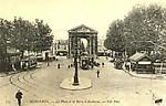 La Place et la Porte d' Aquitaine