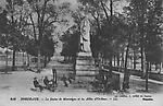 bordeaux - statue montaigne et allées d`orléans