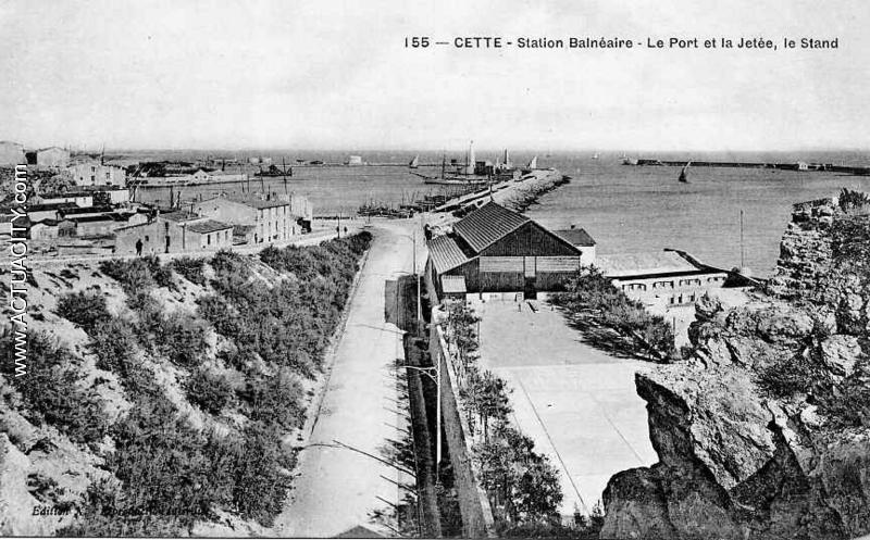 le port et la jetée, le stand