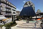 Le Triangle, zone piétonne
