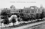 Place de la République - Vue sur la bibliothèque