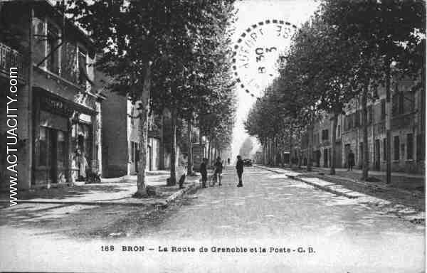 Cartes postales anciennes de bron 69500 actuacity - Bureau de poste grenoble ...