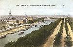 Panorama sur la Seine — Au premier plan, le quai du Louvre et les Tuileries
