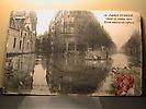Crue de janvier 1910 : Boulevard St germain et rue de l'Université.