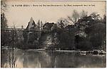 Paris (XIXe) - Parc des Buttes-Chaumont - Le Pont suspendu sur le Lac