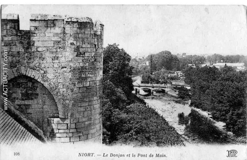 Donjon et pont de main