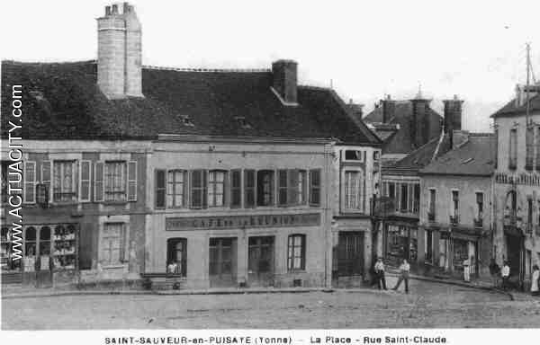 Cafe Saint Sauveur En Puisaye