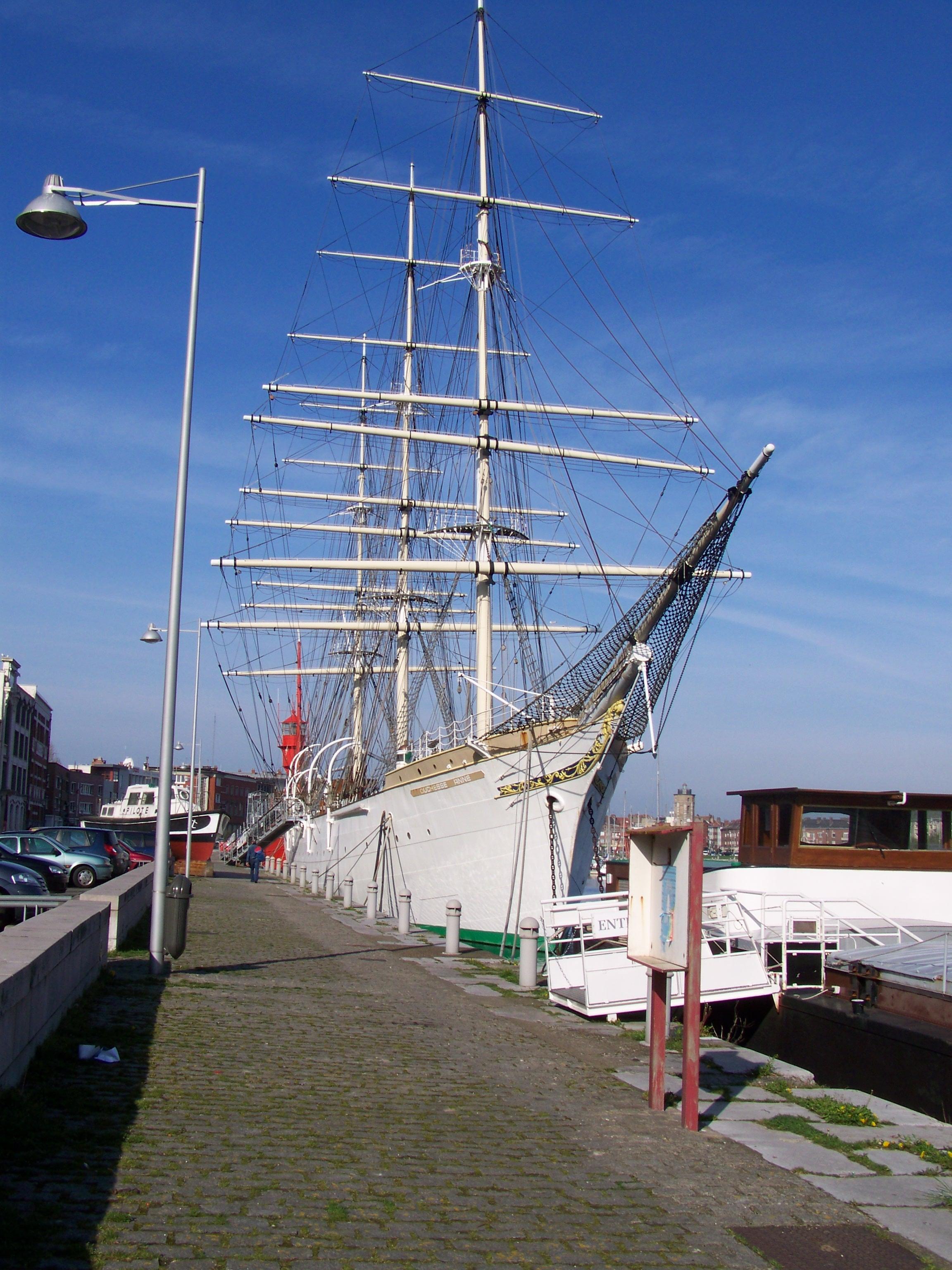 amaré au port de Dunkerque